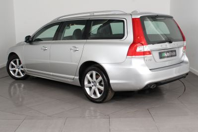 VOLVO V70 D4 SE LUX ESTATE - 3206 - 23