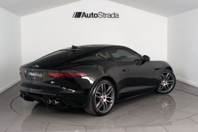 JAGUAR F-TYPE R 5.0 COUPE - 3144 - 10