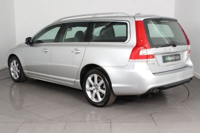 VOLVO V70 D4 SE LUX ESTATE - 3206 - 19