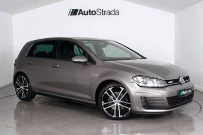 VOLKSWAGEN GOLF 2.0 GTD DSG 5 DOOR - 3303 - 1