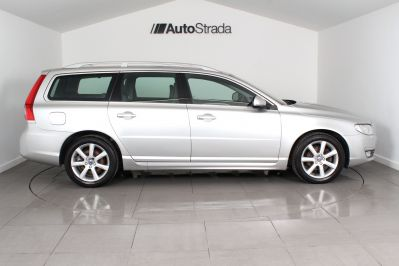 VOLVO V70 D4 SE LUX ESTATE - 3206 - 7