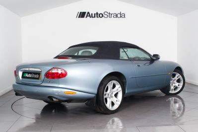 JAGUAR XK8 CONVERTIBLE - 3261 - 30