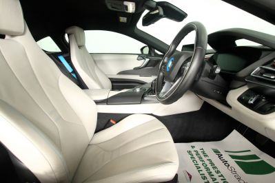 BMW I8 1.5 COUPE - 3217 - 44