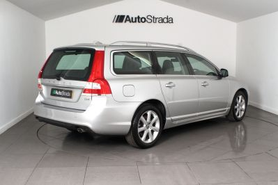 VOLVO V70 D4 SE LUX ESTATE - 3206 - 14