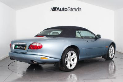 JAGUAR XK8 CONVERTIBLE - 3261 - 26