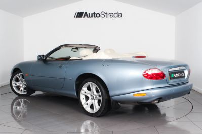 JAGUAR XK8 CONVERTIBLE - 3261 - 15