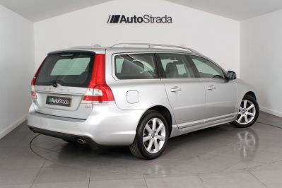 VOLVO V70 D4 SE LUX ESTATE - 3206 - 20