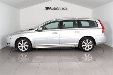 VOLVO V70 D4 SE LUX ESTATE - 3206 - 6