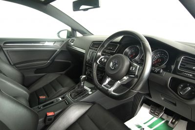 VOLKSWAGEN GOLF 2.0 GTD DSG 5 DOOR - 3303 - 2