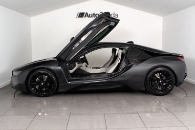 BMW I8 1.5 COUPE - 3217 - 34