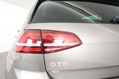 VOLKSWAGEN GOLF 2.0 GTD DSG 5 DOOR - 3303 - 58