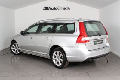 VOLVO V70 D4 SE LUX ESTATE - 3206 - 22