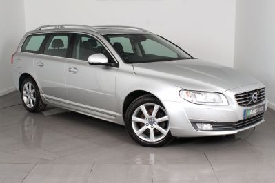 VOLVO V70 D4 SE LUX ESTATE - 3206 - 24